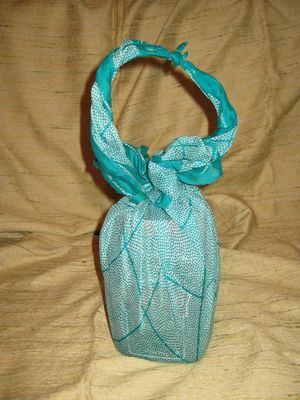 Vintage silk giftwrap - green